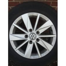 15 inch Originele VW Highline  velgen & banden (steek 5x112)